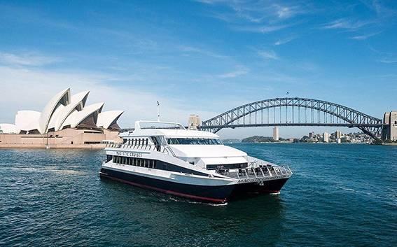 绚丽悉尼5日游 ☞含史蒂芬港观野生海豚游船+悉尼港自助午餐游船+堪培拉小人国+悉尼市区3.5-4星酒店住宿